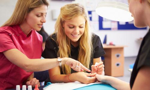 Инструкторский курс по маникюру и моделированию ногтей